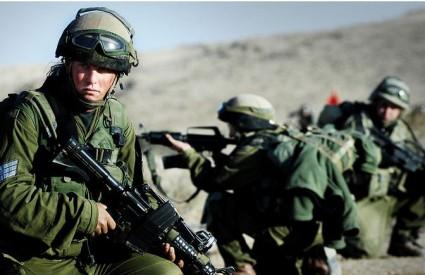 Izrael i dalje puca na sve strane
