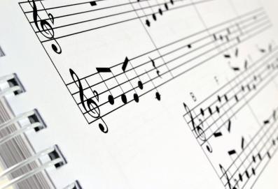 Slušajte Mozarta!