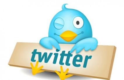 Twitter se baca na glavu