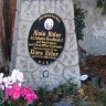 Austrija uklonila nadgrobni spomenik Hitlerovih roditelja