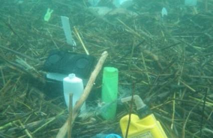Morsko dno ispred Makarske bilo je puno smeća