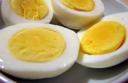 Jajima do ravnoteže hormona i snage za ... igrice :)