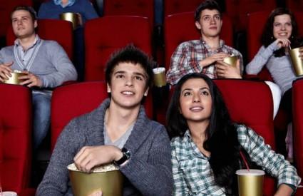 Samo mladi idu u kino? A ne! :)