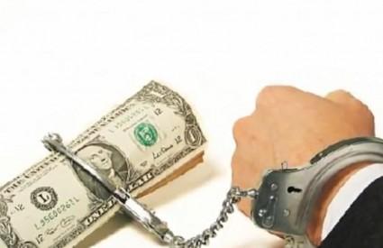 Na žalost, postali smo robovi novca
