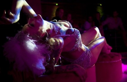Pink Champagne - burleska i cabaret
