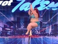 Lulu pleše na šipki