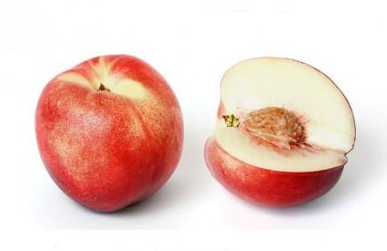 Sočno i zdravo voće - nektarina