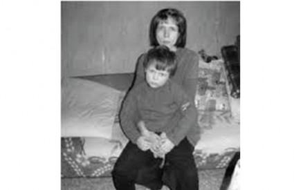 Mali Stjepan živi u groznim uvjetima i bolesti