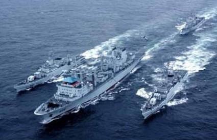 Kineska mornarica u vodama ispred San Francisca