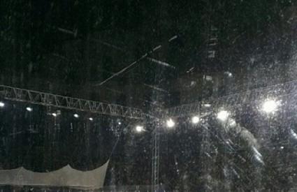 Spektakl u pulskoj Areni umalo pokvarila kiša