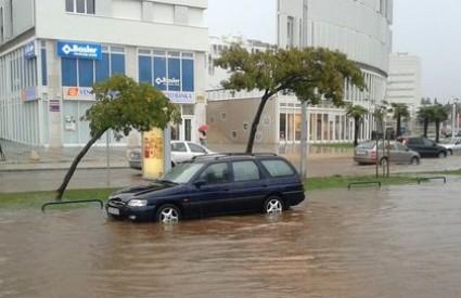 Prometnice pod vodom