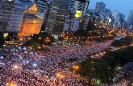 Dragi Hrvati, ovako izgledaju prosvjedi