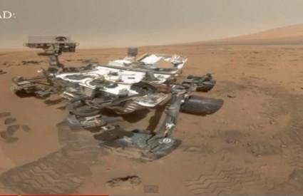 Ovu fotku Curiosity ne može sam snimiti