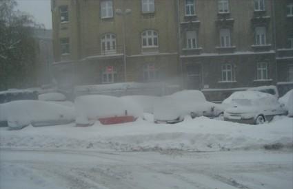 Ovako čisti Bandićeva Zimska služba