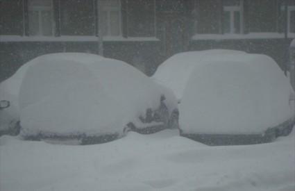 Kamo je Mujo parkirao auto