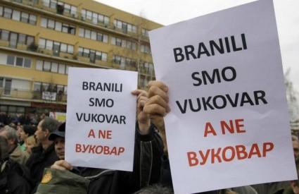 Ne daju ćirilici u Vukovar