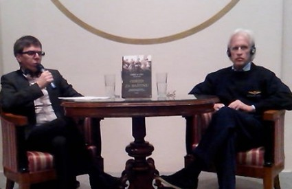 Seid Serdarević i Robert M. Edsel na Frakturinoj tribini Razotkrivanja