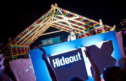 Hideout launch party u Stereu