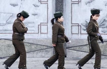 Vojnikinje na štiklama u Sjevernoj Koreji