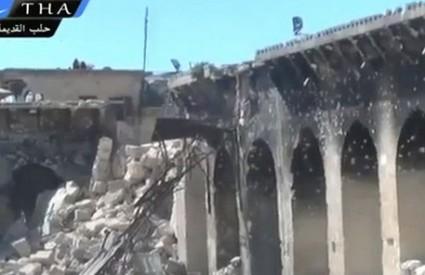 Razrušenom Alepu treba - sve, a najviše mir