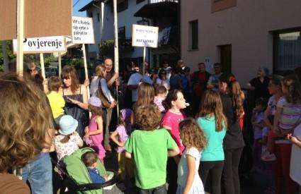 Rudešani su se masovno okupili na prosvjedu