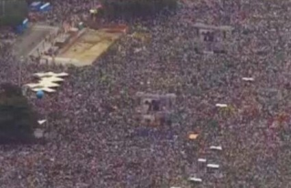 Prepuna Copacabana sluša papu Franju