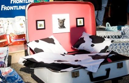 Sjajni krevetići za pse