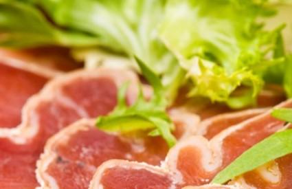 Salata s pršutom