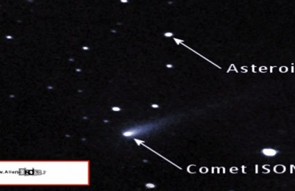 Timelapse pokazuje da objekti lete u istom smjeru