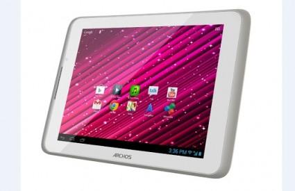 Sjajan 3G tablet iz Archosa