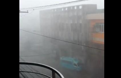 Haiyan nosi sve pred sobom