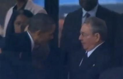Castro i Obama na Mandelinom ispraćaju