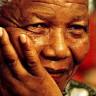 Južnoafrikanci tuguju za Nelsonom Mandelom