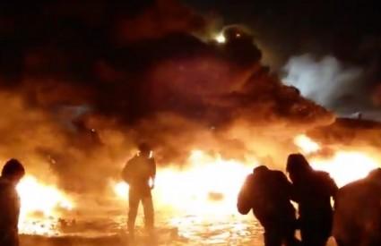Kijev je u plamenu i kaosu