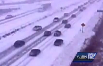SAD su ponovno okovane snijegom i ledom