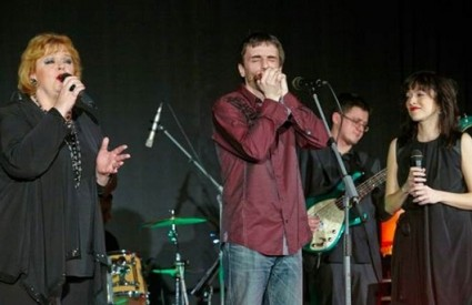Tomislav Goluban s Ksenijom Erker i Hanom Hegedušić