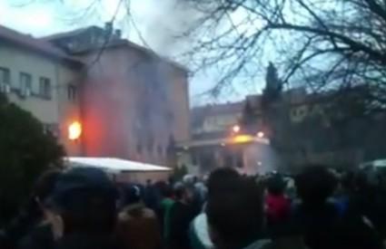 Zgrade u Mostaru u plamenu