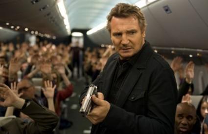 Neeson na vrhu box officea