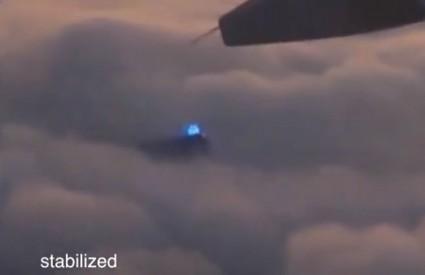 I tako se vi mirno vozite avionom ...