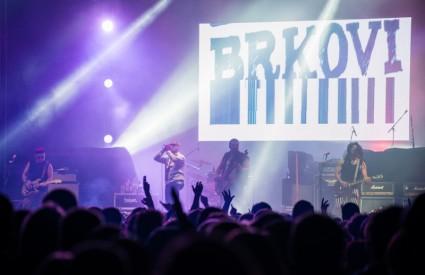 Brkovi napadaju Dom sportova sedmim albumom