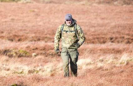 John Lambert pokušava pobjeći mongolskim lovcima