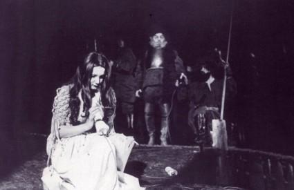 Josipa Lisac kao Jana u Gubec-begu