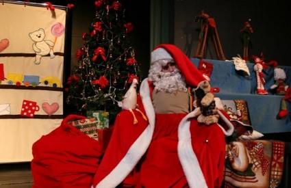 Šlampavi Djed Mraz na Sceni Grič