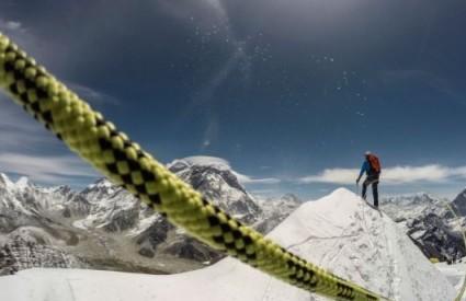 Spašavanje s Everesta zatvara tjedan