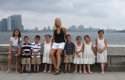 Kate i osmero djece