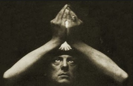 Aleister Crowley borio se protiv nacista magijom
