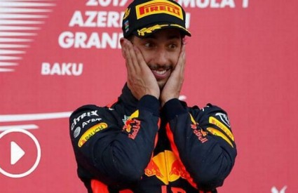 Ricciardo je pobijedio nakon cirkusa na stazi