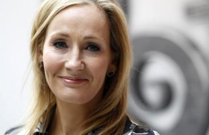 J.K. Rowling i dalje mlati lovu