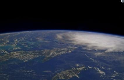 Irma iz svemira izgleda nevino, ali na Zemlji...