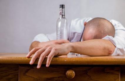 Što nam radi alkohol